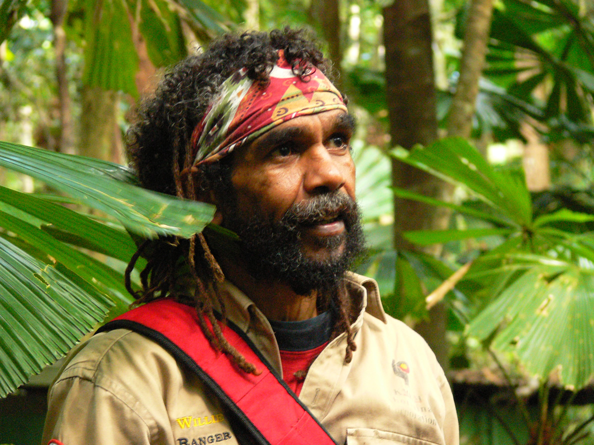 willie-brim-bulwai-cultural-custodian-kuranda-rainforest-5